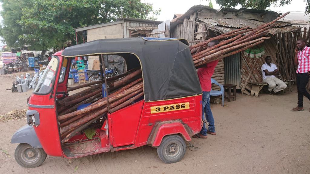 Holz für Sonnenschutz, Sifah organisiert am Handy